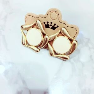 Cream and Gold Tone Earrings